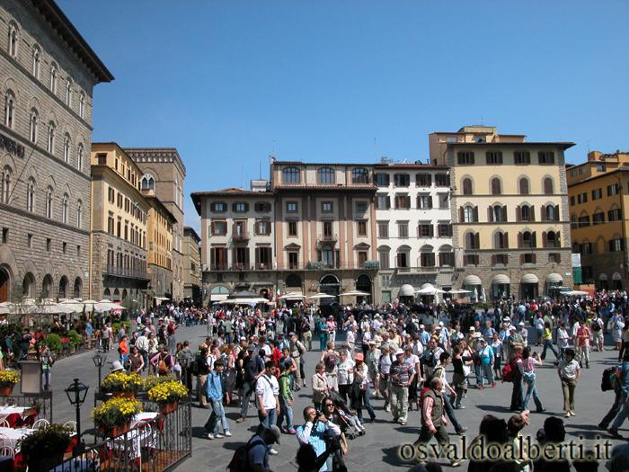 View-Piazza-della-Signoria-Adoroflorencia.com